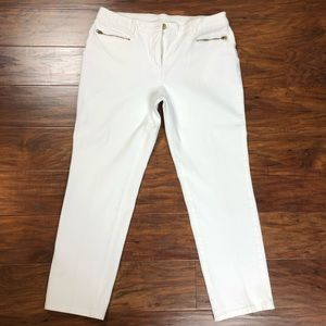 Chicos White So Slimming Cropped Pants Sz 1